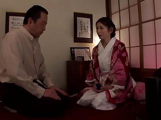 Miku Hasegawa Shut up shop Indecipherable Family loading=