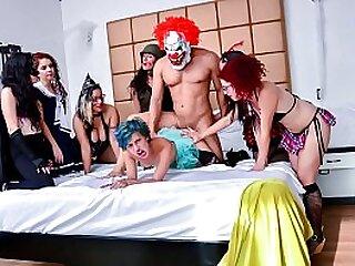 MAMACITAZ - Wild Group Sex All over Naughty Adolescence Siarilin Martinez And Elisa Odiosa