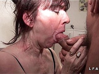 Mature francaise sodomisee fistee avec ejac buccale pour casting porno amateur