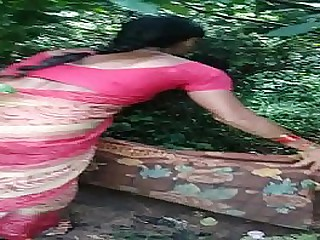 Telugu aunty Laxmi fucking for money in fields loading=