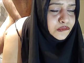 Плачущий анал! В жопу трахают хиджабскую жену! bit.ly/bigass2627 loading=