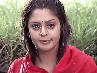 Big Boob MILF Nagma Bathing Scene loading=