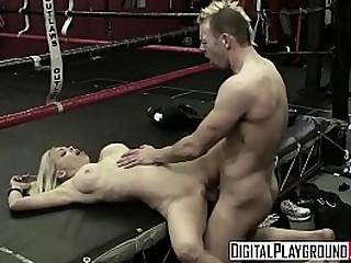 Hot blonde - Digital Playground loading=